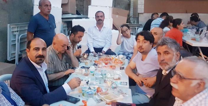 CHP'DEN SİLAHTARAĞA'DA İFTAR
